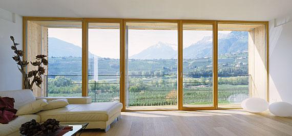 180 kg beschlag waldland moderne fenster und haust ren aus holz holz aluminium und kunststoff. Black Bedroom Furniture Sets. Home Design Ideas