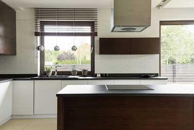 Combi Holzarten Waldland Moderne Fenster Und Hausturen Aus Holz